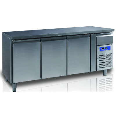 """Refrigerated counter """"Coolhead"""" GN3100TN"""